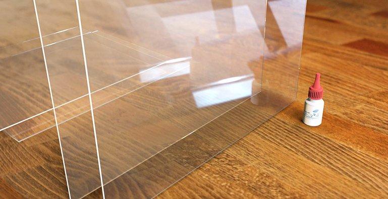 Incollare forex e plexiglass
